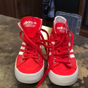 Men's Adidas Red High Tops. Size 9